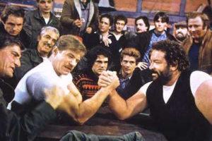 Bud Spencer e Raimund Hermsdorf nel braccio di ferro