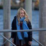 Amanda Schull in un scena del film Tradimenti fatali