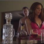 Kate Mansi in una scena del film Un'ospite pericolosa