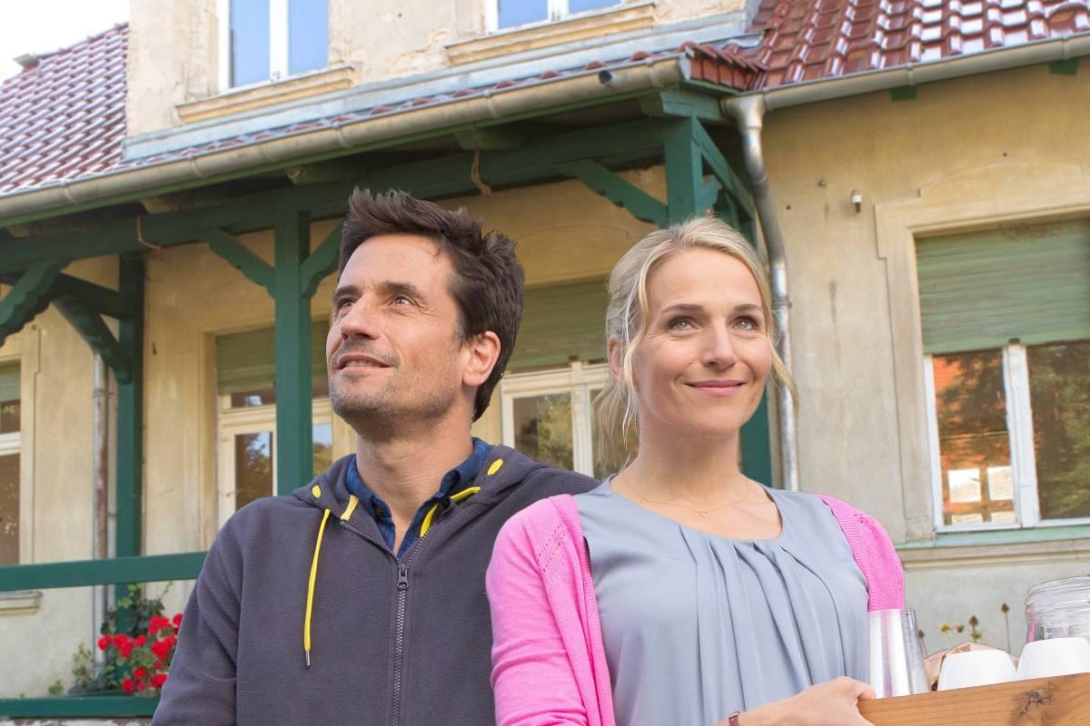 Una casa e tanti guai (2016)